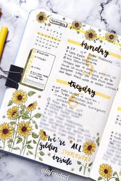 Check out the best sunflower themed bullet journal spreads and layouts for inspiration! Bullet Journal Spreads, Bullet Journal Month, Bullet Journal Cover Ideas, Bullet Journal Lettering Ideas, Bullet Journal Notebook, Bullet Journal School, Bullet Journal Layout, Bullet Journal Ideas Pages, Bullet Journals
