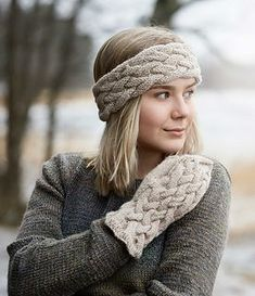 Cabled Head Band -- free knitting pattern by Saara Toikka