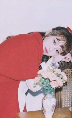 "+:。 🐧 © ilovehaseul <------i love you"" Kpop Girl Groups, Korean Girl Groups, Kpop Girls, Your Girl, My Girl, Yuri, Wubba Lubba, Chuu Loona, Olivia Hye"