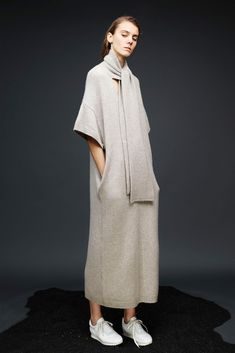 Fifty Shades of Beige: Staking Stylish Ground in Pre-Fall's Neutral Territory - Gallery - Style.com