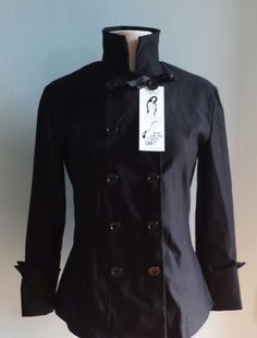 Fitted Brigade Chef Coat in Black by Designer Sandra Harvey    #fitted #chef #coat http://www.fittedchefcoat.com http://www.sandraharvey.com/