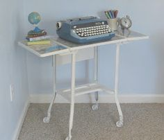 Lovely etc.: Off the map - a typewriter table
