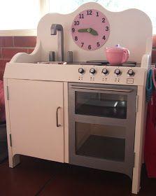 Klein: play kitchen