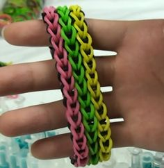 27 tutorials and patterns for making jewelry with the Rainbow Loom - This is the original Rainbow Loom website with YouTube videos.