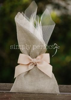 ΚΩΔ PG028 Wedding Crafts, Diy Wedding, Wedding Decorations, Wedding Favor Bags, Wedding Boxes, Burlap Bags, Lavender Bags, Vintage Gifts, Wedding Accessories