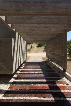 Gallery of S&S House / Besonias Almeida Arquitectos - 17