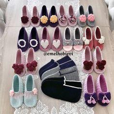 Crochet Slipper Pattern, Crochet Bikini Pattern, Crochet Slippers, Knitting Socks, Baby Knitting, Crochet Crafts, Crochet Projects, Foot Socks, Knitted Booties