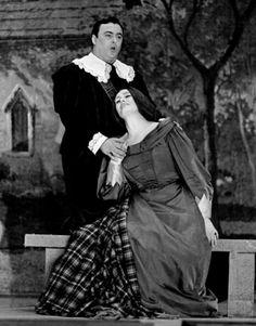 Luciano Pavarotti with Dame Joan Sutherland in Donizetti's Lucia di Lammermoor