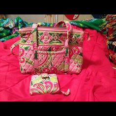 Selling this Vera Bradley Betsy with wallet in Pinwheel Pink in my Poshmark closet! My username is: xansgirl. #shopmycloset #poshmark #fashion #shopping #style #forsale #Vera Bradley #Handbags