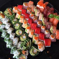 Baby Food Recipes, Cooking Recipes, Healthy Recipes, Sushi Comida, Sushi Burger, Sushi Party, Sushi Love, Tapas, Food Goals