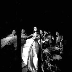 Jean Patou P/E 1957. Photo Gleb Derujinsky. Mannequin Carmen Dell'Orefice.