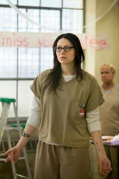 Michelle Hurst and Laura Prepon in Orange Is the New Black Alex Vause, Laura Prepon, That 70s Show, Nicky Nichols, Donna Pinciotti, Alex And Piper, Natasha Lyonne, Orange Is The New Black, The Most Beautiful Girl