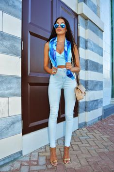 LAURA BADURA FASHION & BEAUTY: Blue on Blue