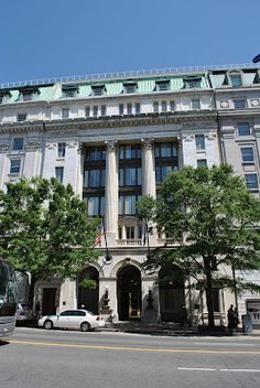 Streets of Washington: The Oldest National Bank in the District as it looks today, designed by B. Stanley Simmons in 1907
