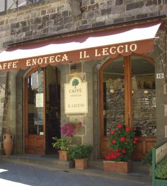 Nice wine shop in Pienza, Italy