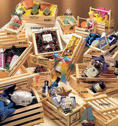 Wooden Crates and Gift Baskets - Försköna Din Värld Wooden Crates Packaging, Wooden Crates Gifts, Gift Crates, Wooden Gift Boxes, Wood Crates, Wooden Diy, Diy Gift Baskets, Gift Hampers, Gift Subscription Boxes