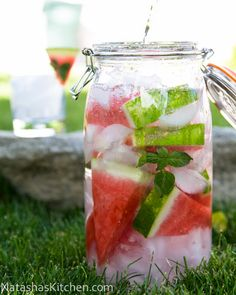 Check out these fantastic flavored water varieties from @NatashasKitchen