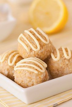 Lemon Coconut Oat Balls – naturally gluten-free and sweetened with just a little maple syrup! With a vegan and dairy-free option.