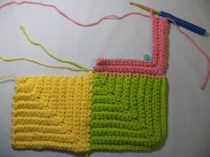 Crochet Granny Squares Blanket One of my favorite crochet patterns for scrap yarn. It comes out ribbed, more like knitted. never boring. Make large or baby sized. This tutorial makes it easier to figure out. Once you do, have a ball. Crochet Motifs, Crochet Stitches Patterns, Crochet Squares, Crochet Granny, Love Crochet, Baby Blanket Crochet, Knitting Patterns, Granny Squares, Crochet Afghans