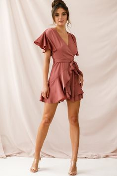 Order the Cami Angel Sleeve Faux Wrap Dress Rose exclusively at Selfie Leslie! Event Dresses, Casual Dresses, Short Dresses, Casual Outfits, Fashion Outfits, Summer Dresses, Girly Outfits, Wrap Dress Short, Faux Wrap Dress