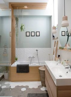 Home sweet home, lyon, place sathonay, appartement… Bad Inspiration, Bathroom Inspiration, Sweet Home, Ideas Baños, Interior Architecture, Interior Design, Bathroom Interior, Bathroom Furniture, Home Renovation