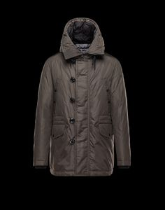 271658d7b948 32 Awesome Moncler images