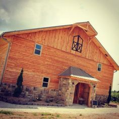 Timber Line Barn - Wedding & Event Venue : Southwest Missouri : www.timberlinebarn.com  Missouri Weddings, Barn Weddings, Outdoor Weddings, Lodge Style, Newlywed Suite, Wedding Day, Bridal, Country Wedding  Find us on Facebook!
