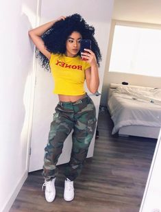 Trendy Casual Styles for the Ladies Today we are present to you some trendy collection of casual outfits which are beautiful which you can steal there styles while hanging with friends … Trendy Outfits, Fall Outfits, Summer Outfits, Fashion Outfits, Womens Fashion, Moda Fashion, Looks Hip Hop, Trendy Collection, Fashion Killa
