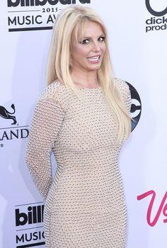 Iggy Azalea, Britney Spears Feud: Ultimate Shade War Erupts On Twitter - Spears Shuts Iggy Down By Blasting Her Failing Career!
