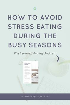 How to Avoid Stress Eating During the Holidays | Click to learn 6 tips to handle overeating and emotional eating this holiday season. Get the FREE mindful eating checklist too!