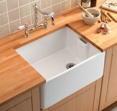 Traditional single Belfast sinks, Single ceramic sinks, Ceramic sinks, Kitchen fittings, Holloways of Ludlow Belfast Sink, Ceramic Kitchen Sinks, Small Basin, Old Sink, Deep Sink, Butler Sink, Double Bowl Sink, Tv Wall Design, Sink Taps