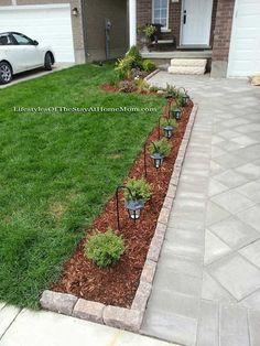 7 Exceptional Tips: Big Backyard Garden Landscaping small backyard garden fence.Backyard Garden Design How To Grow. Outdoor Landscaping, Outdoor Gardens, Cheap Landscaping Ideas For Front Yard, Backyard Ideas, Outdoor Walkway, Front Garden Ideas Driveway, Front Walkway Landscaping, Landscaping Tips, Modern Backyard