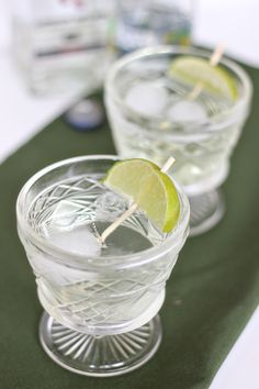 Try mixing up this classic gin gimlet at your holiday parties this year. To create this classic gin gimlet,  add a few ice cubes to a short glass , 1.5 oz of gin, 1 oz sweetened lime juice and top with soda water. If you're not a fan of gin try making this classic with vodka or tequila.  ...