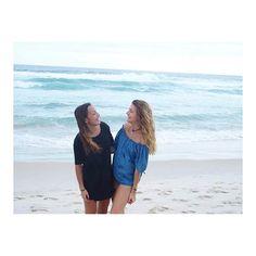 Eu só quero é ser feliz 🇧🇷🎵 #instatravel #paysage #sea #beach #brazil #beautifuldestinations #girl #girls #smile #instadaily #travel #riodejaneiro #barra #blond #brown #blue #brasil #french #frenchgirl #frenchie #friends #abroad #travelgram #likeforlike #like4like #