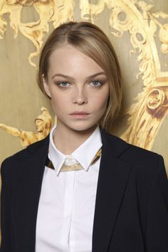 Gold collar.