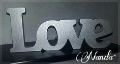 Palavra Love em madeira - Brilhante / Prateada