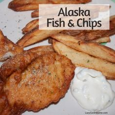 Prince William Sound in Alaska gives up some amazing salmon, halibut and rockfish. And what is a popular way to eat that fish? Fish and chips! Seafood Cocktail, Cocktail Sauce, Alaskan King Crab, Lemon Potatoes, Rockfish, State Foods, Fish Fish, Halibut, Fish And Chips