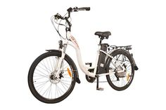 Electric bikes are fast becoming a popular form of transport for many people, but they are also finding their way into mountain biking sports as well. Best Electric Bikes, Electric Bicycle, Bike Accessories, Cycling Equipment, Mountain Biking, Transportation, Dj, City, Sports