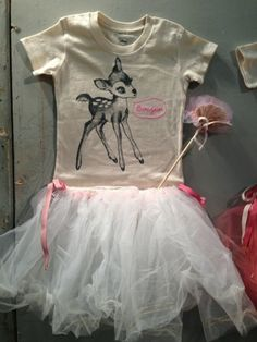 BOHEMIA: INSPIRASJON FRA PARIS. I could sew this. Take an old t-shirt 1 size too small and sew it to a tutu.