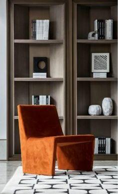 Beautiful moody interior with cognac coloured velvet armchair Interior Design Living Room, Living Room Decor, Bedroom Decor, Single Sofa, Victorian Decor, Interior Design Inspiration, Home Remodeling, Shelving, Decoration