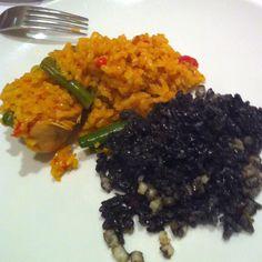 Paella? Negra? Yummy!