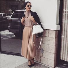 EId Mubarakkkk guys hope you guys are enjoying your day 😘❤️❤️ Islamic Fashion, Muslim Fashion, Modest Fashion, Skirt Fashion, Hijab Fashion, Fashion Outfits, Women's Fashion, Casual Hijab Outfit, Hijab Chic