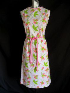 Vintage-60s-The-Vested-Gentress-Pink-Strawberry-Print-Dress-40-Bust-Sz-14
