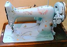 Linda M Poole: Painted Sewing Machines,Quilting Funnies,Celtic Swirls Class, Your COlor Fix for Today