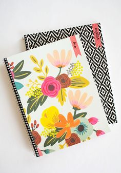 DIY Customizable Notebooks for Back-to-School