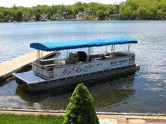The Jefferson House- Lake Hopatcong, NJ - great waterfront dining + boat ride Lake Hopatcong, Classic Wooden Boats, House Restaurant, Boat Tours, Boating, Nyc, Spaces, Dining, Travel