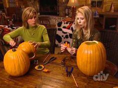 DYI pumpkin topiary w/ fake pumpkins. Video.