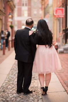 Color Bomb Engagement Session in Elfreth's Alley by Ashlee Mintz Photography