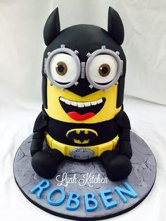 Batminion Minion Batman Superhero Fonfant Birthday Cake