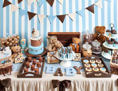 """Blue and brown teddy bears / Baby Shower """"Teddy Bear baby shower""""   Catch My Party"""